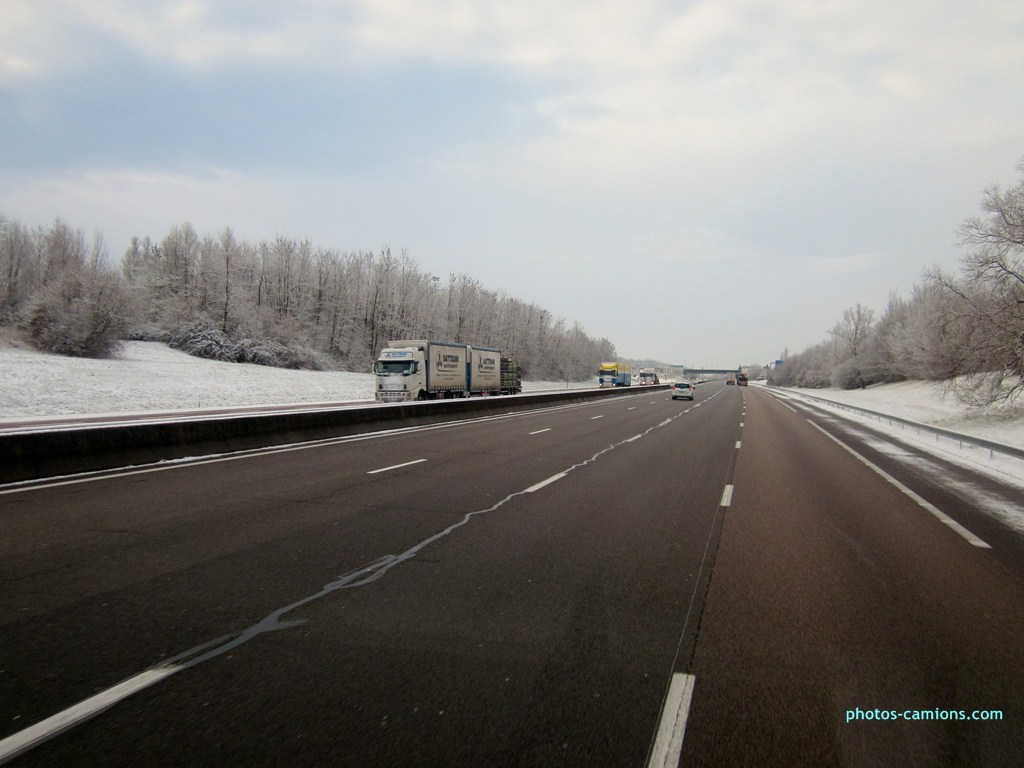 Rattenni Autotrasporti (Pescara) 175790photoscamions8II2013120Copier