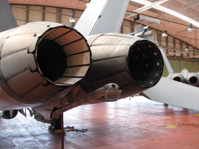 "Panavia Tornado "" Black Panther "" ( kit revell 1/72 ) - Page 3 176818IMG2023"