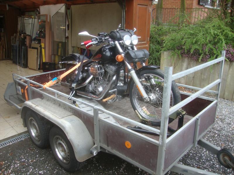Remorque pour transporter une roadking - Page 7 176882remorquechargee