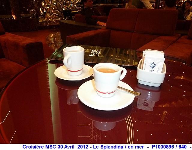 MSC Splendida Du 28 avril au 5 mai 2012 Gêne Barcelone Tunis La valette Taormine Messine Rome 178813P1030896