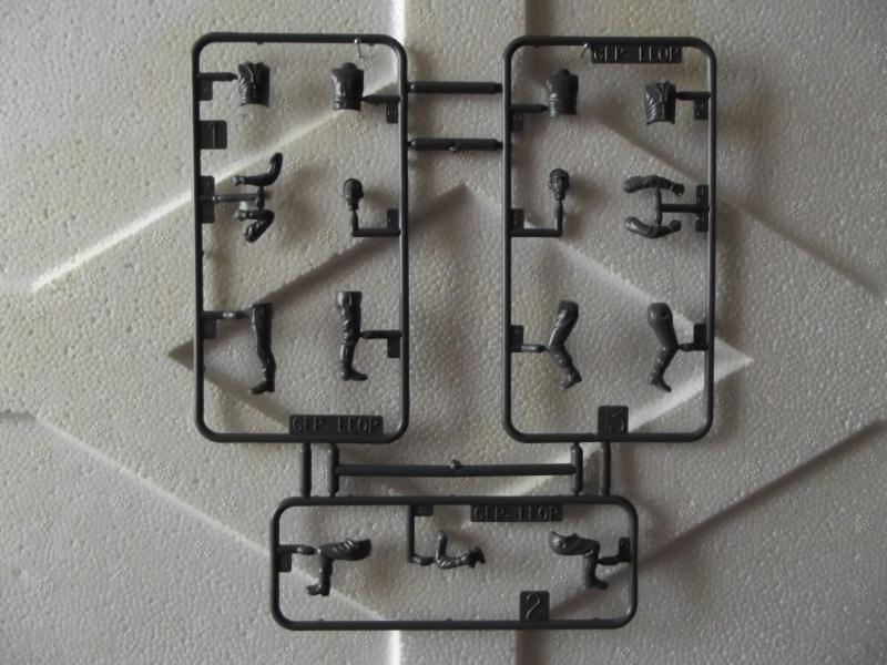 Char LEOPARD A4 - (Réf. 823) 1/35 181992HellerLopardA4823019
