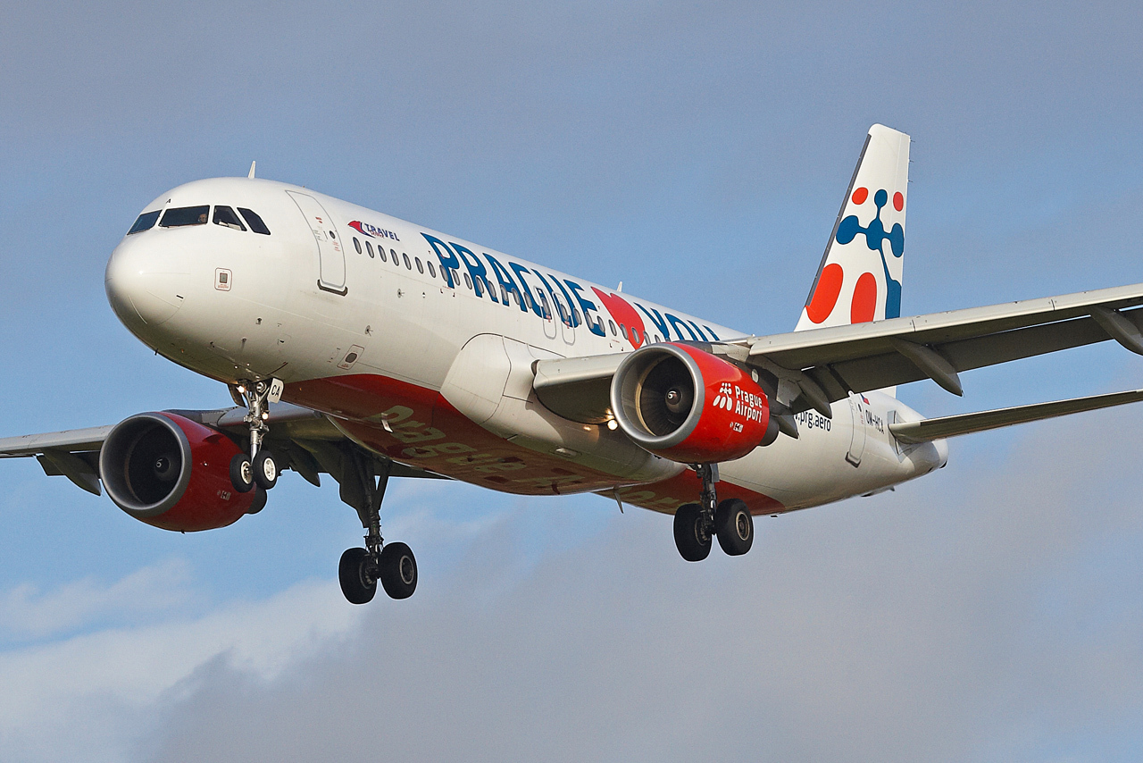 "[22/12/2013] A320 (OM-HCA) Travel Services Slovakia ""Prague loves You"" c/s 185218GRX9491"