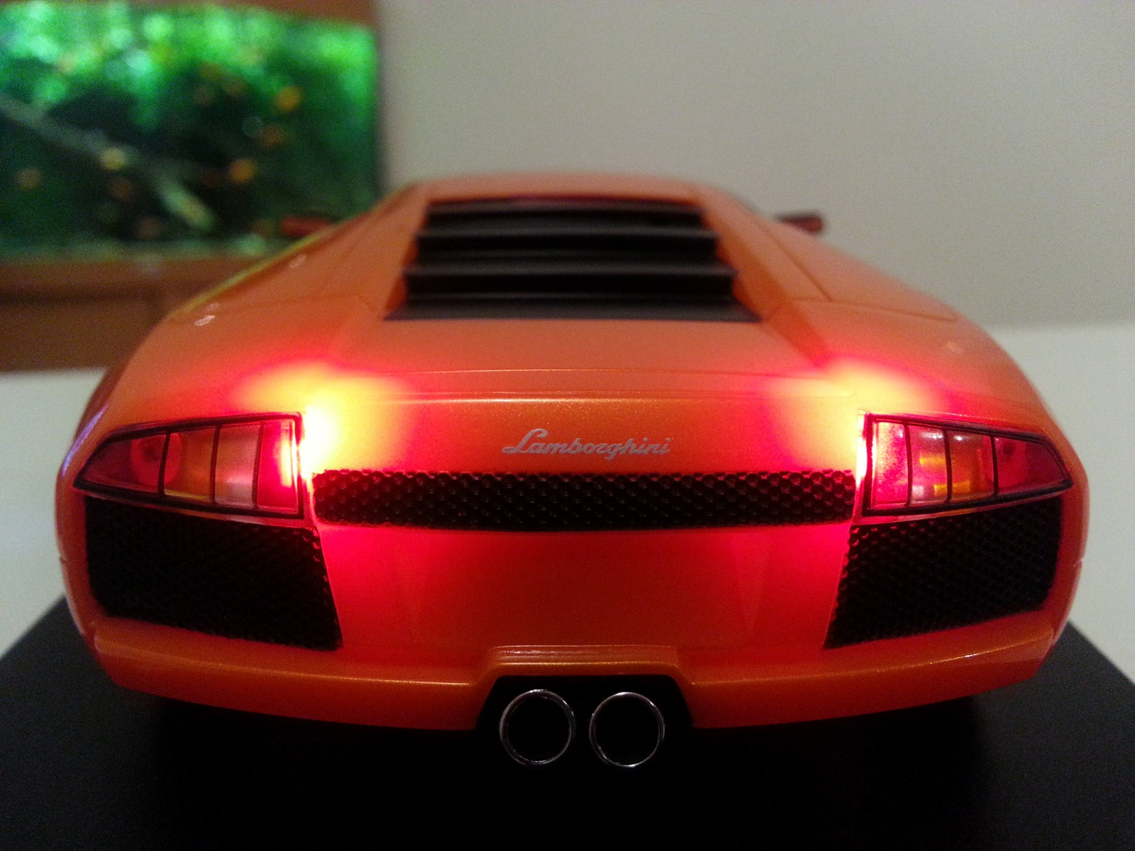 Kit lumières Atomic sur quelle carrosserie? 19075220130316200031