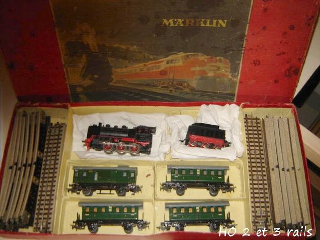 Coffrets Märklin 1936 - 1968 (rouges, noirs, verts ou bleus) 192924MarklincoffretRM82441950R