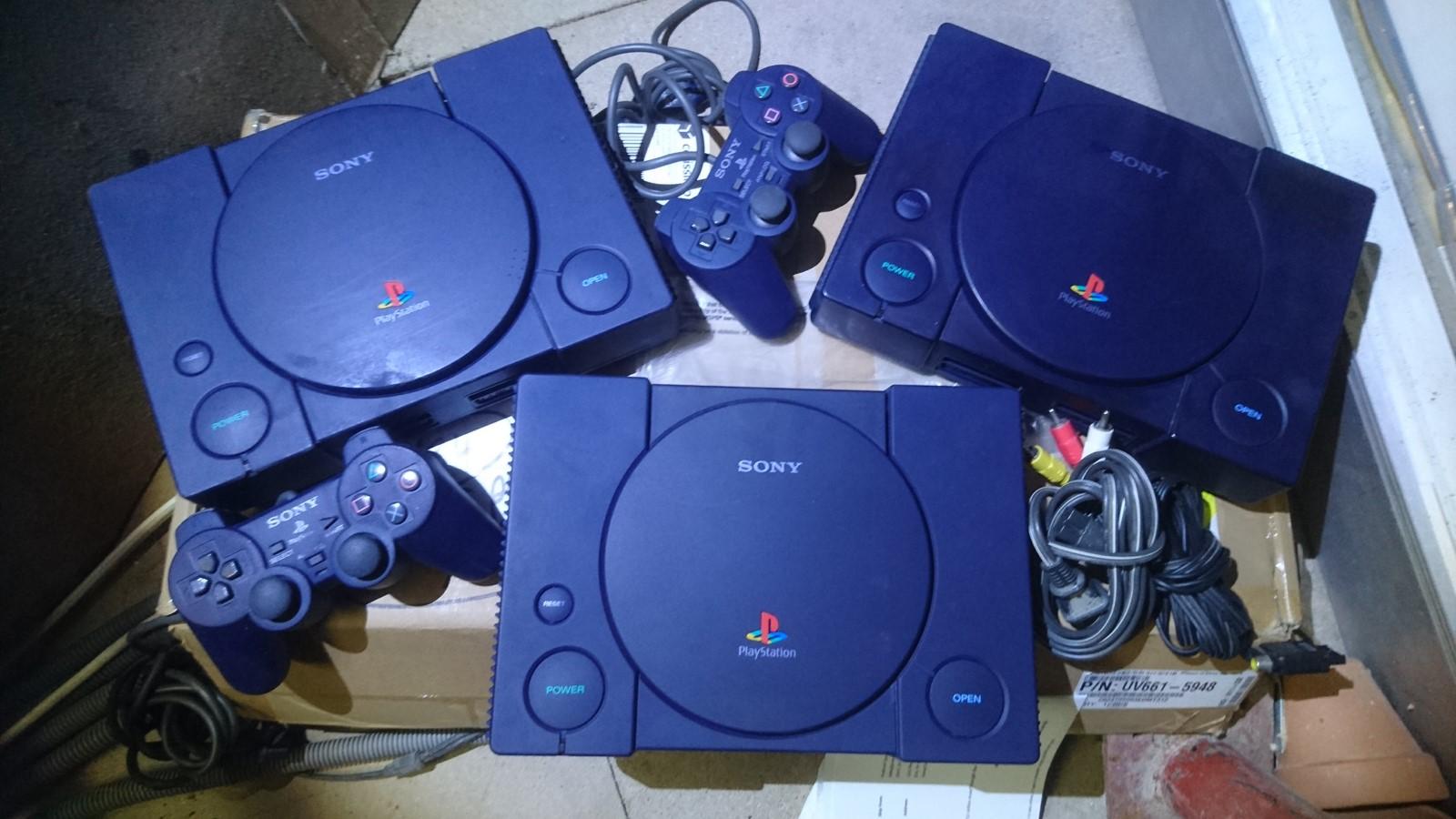 La MTKE 046 Playstation blue midnight 10 million model - Page 2 194585DSC0106Copier