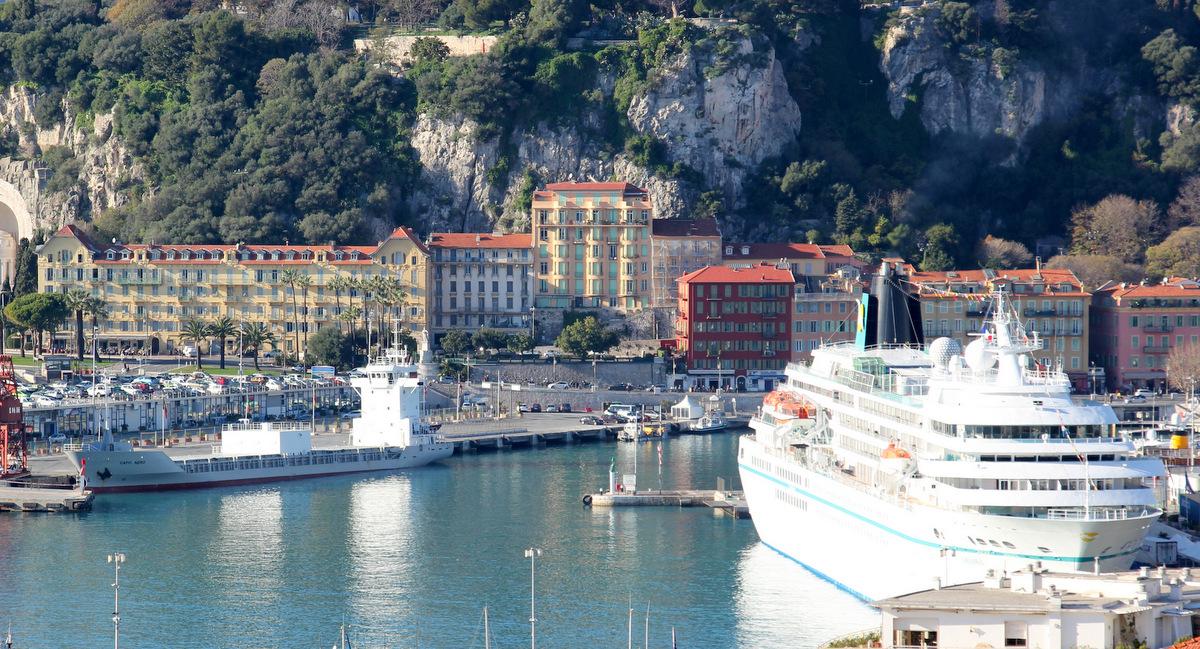 [Vie des ports] Le Port de Nice - Page 2 201420IMG3736