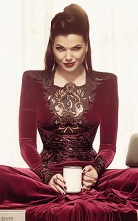 Regina Mills (Evil Queen)