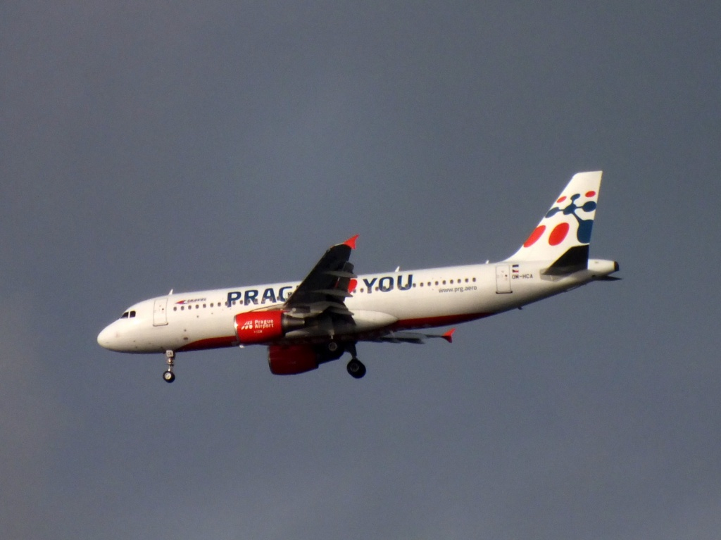 "[22/12/2013] A320 (OM-HCA) Travel Services Slovakia ""Prague loves You"" c/s 203546Decembren8016"