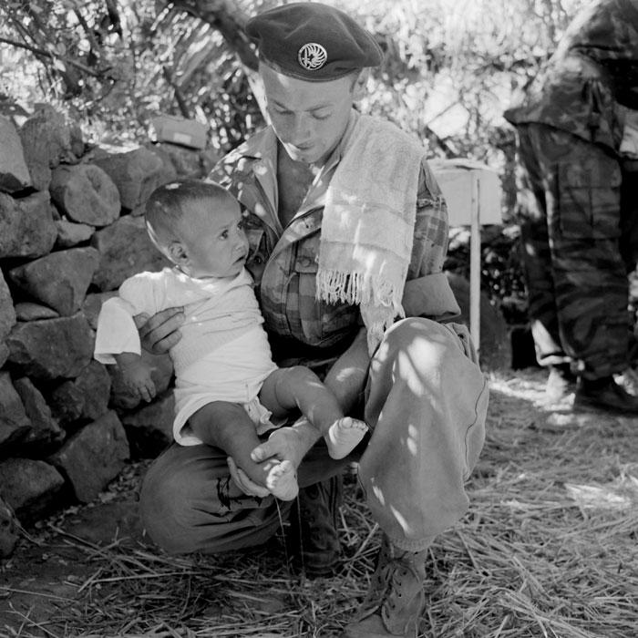 L'Armée Française en Algérie c'est cela aussi n'en déplaise à certains ....... 20809114meRCP211