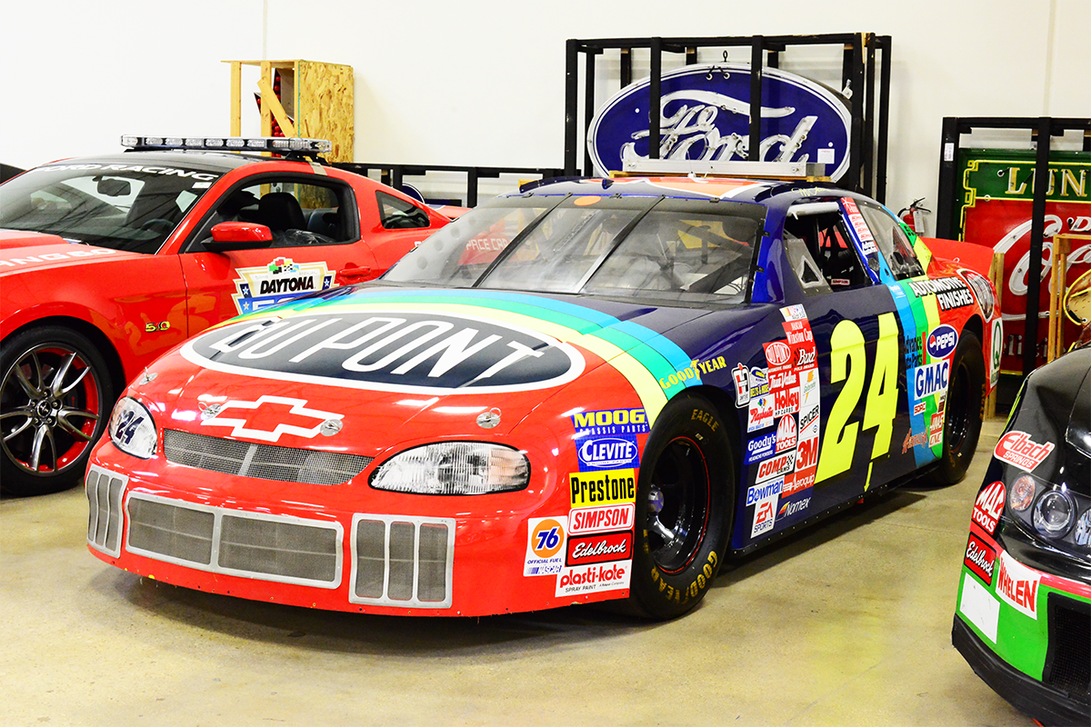 Nascar & Jeff Gordon's tribute - Page 11 20878420150723235944