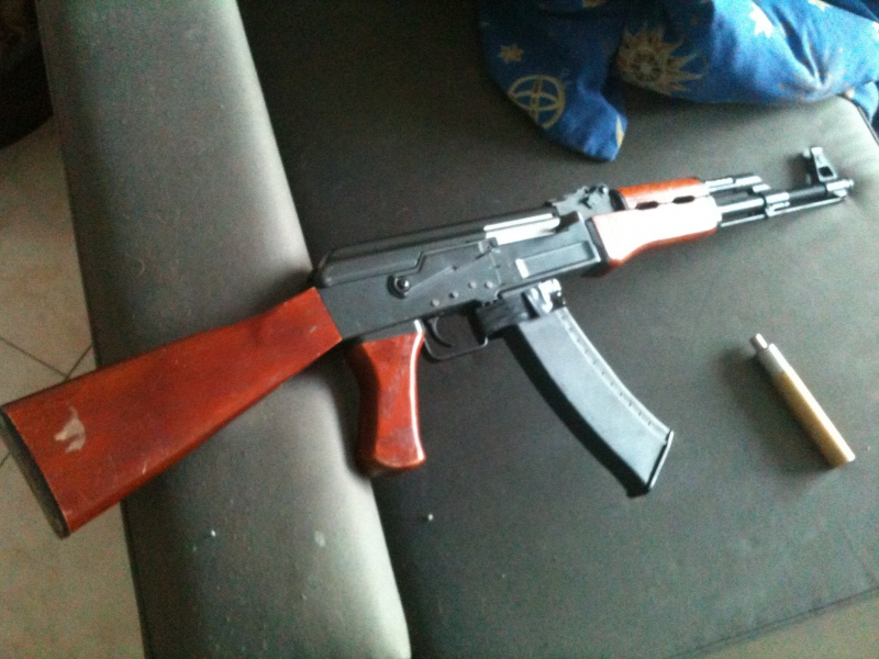 [AK-47] La réplique sortie du grenier... 21105910835399102053175393565742184972789992727420o