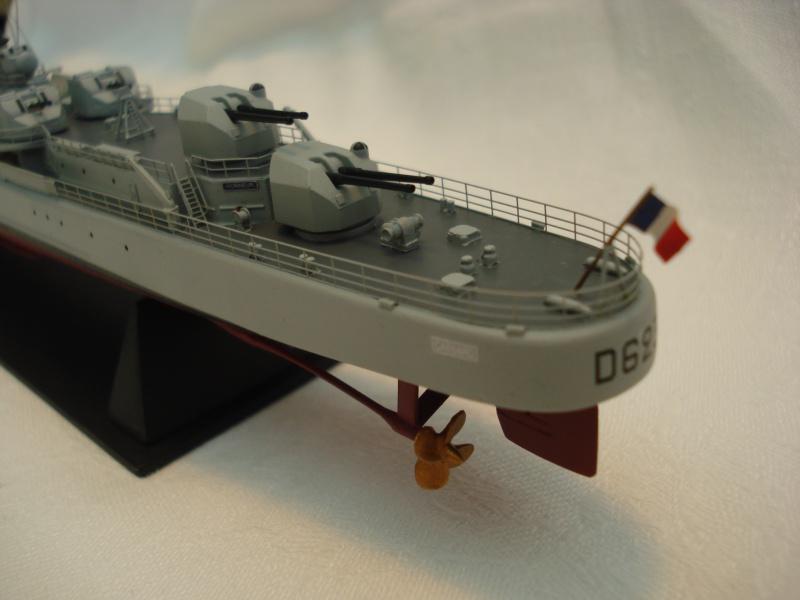 Escorteur d'escadre Cassard 1/400e L'Arsenal. 211792DSC04792