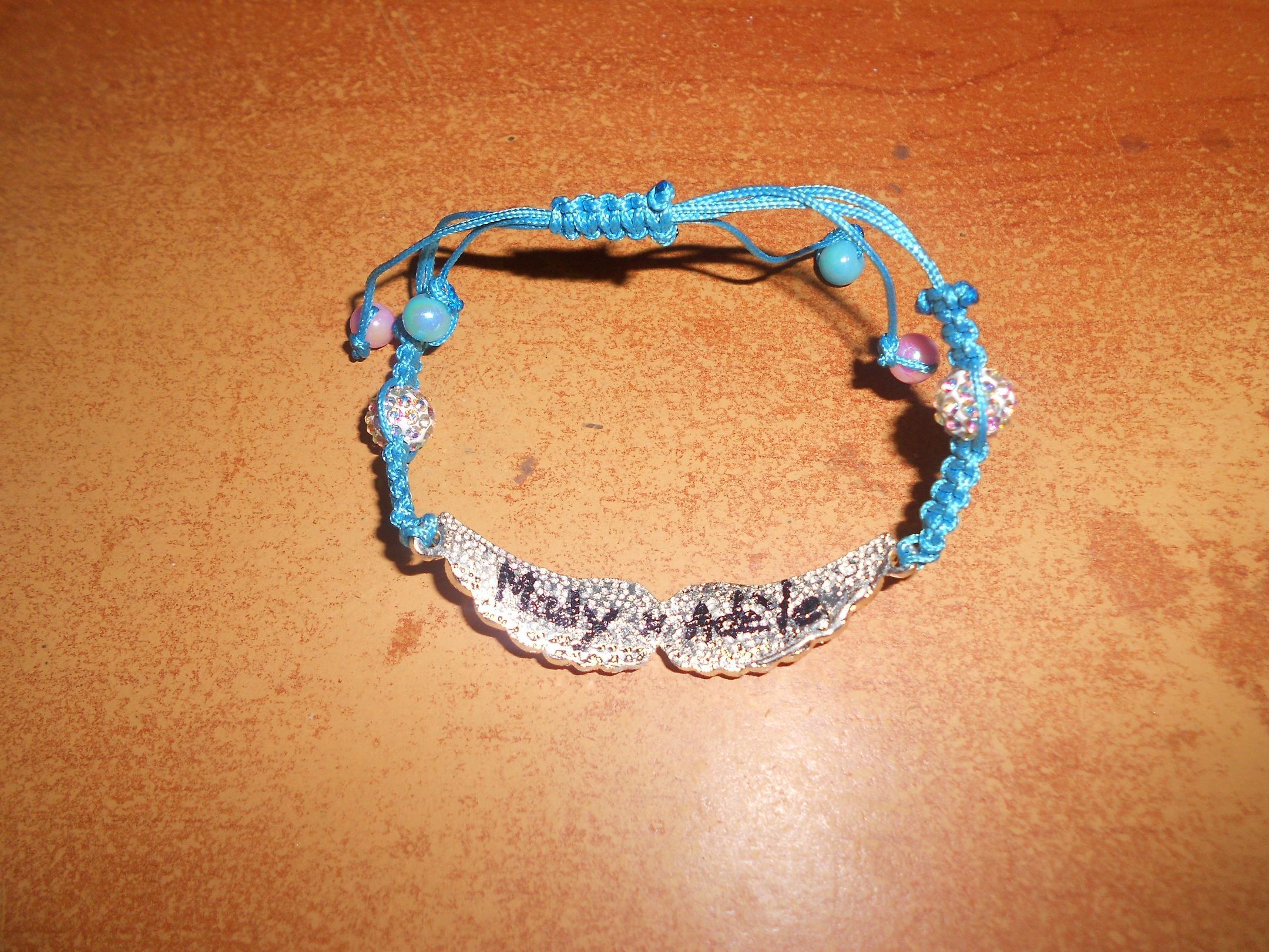un bracelet en hommage a votre ange 211818braceletmadyetadele002