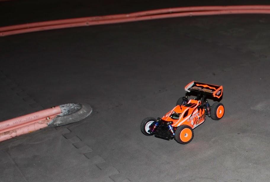 Challenge mini z buggy RC94 2013/2014 - Page 2 215071DSC0569