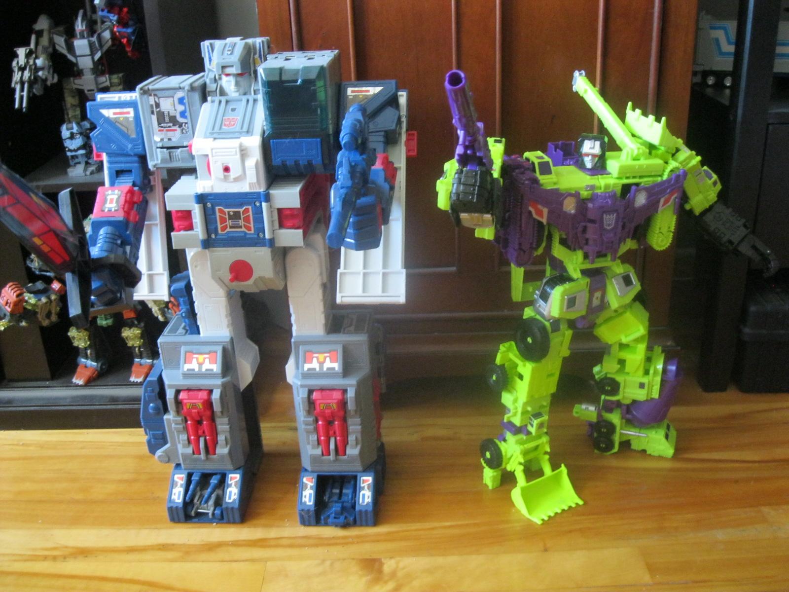 Combiner Wars Devastator & autres robots de la gamme 216114IMG2867