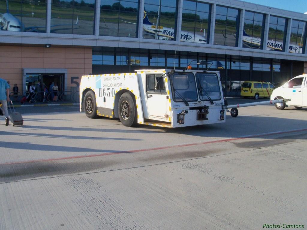 Engins d'aéroports 217710photoscamionaroport4Copier