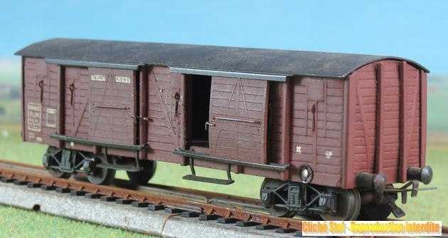 Wagons couverts à bogies maquette  218513VBcouvertBogiesTPUSmaquetteliedevinIMG3538R