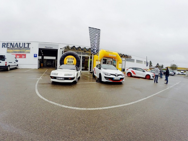 Rasso Renault Sport a Moreuil 21886812378044101531144548010082611609010901550867o