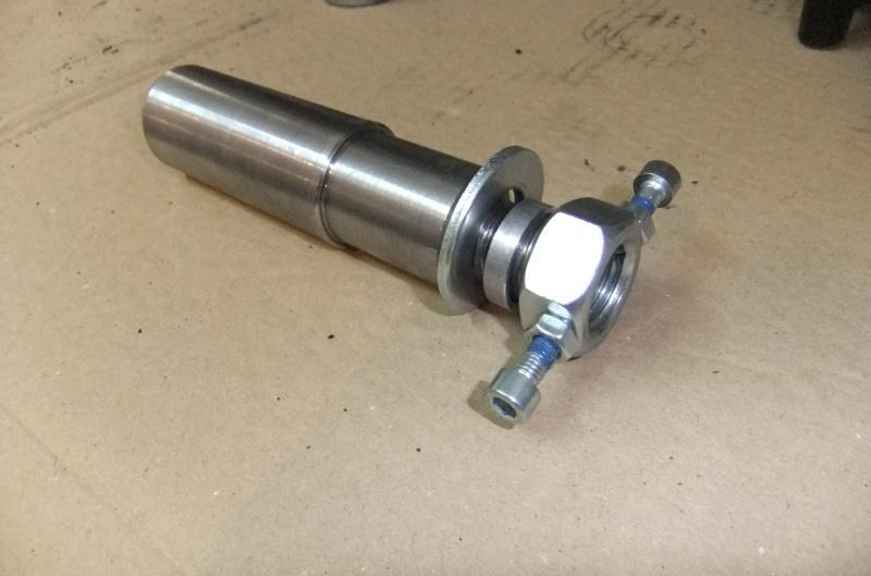 Manchon de centrage pour équilibrage de la roue AR 221428DSCF7856