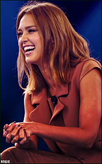 Ma petite galerie des horreurs - Page 10 222556JessicaAlba9