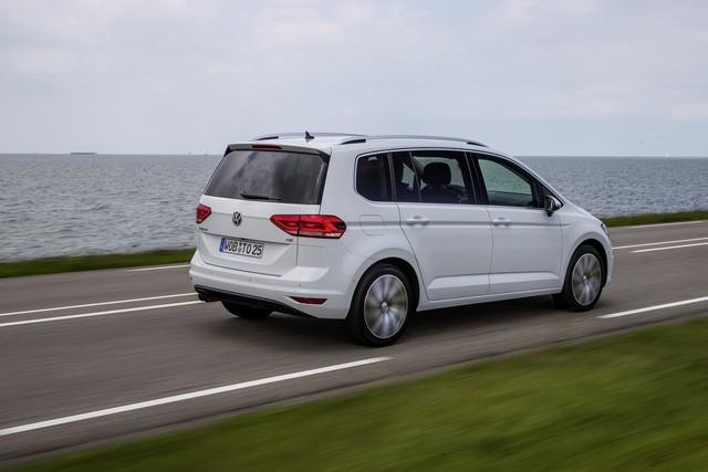 Le nouveau Touran obtient la note maximale de 5 étoiles Euro NCAP 224916thddb2015au01107large