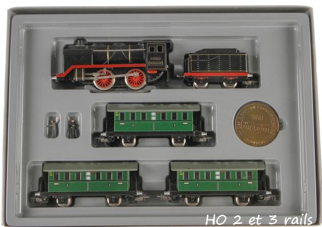 Coffrets Märklin 1936 - 1968 (rouges, noirs, verts ou bleus) 224985MrklinPersonenzugausJubilumspackung0050R