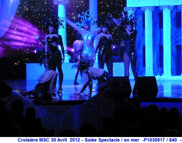 MSC Splendida Du 28 avril au 5 mai 2012 Gêne Barcelone Tunis La valette Taormine Messine Rome 231625P1030917