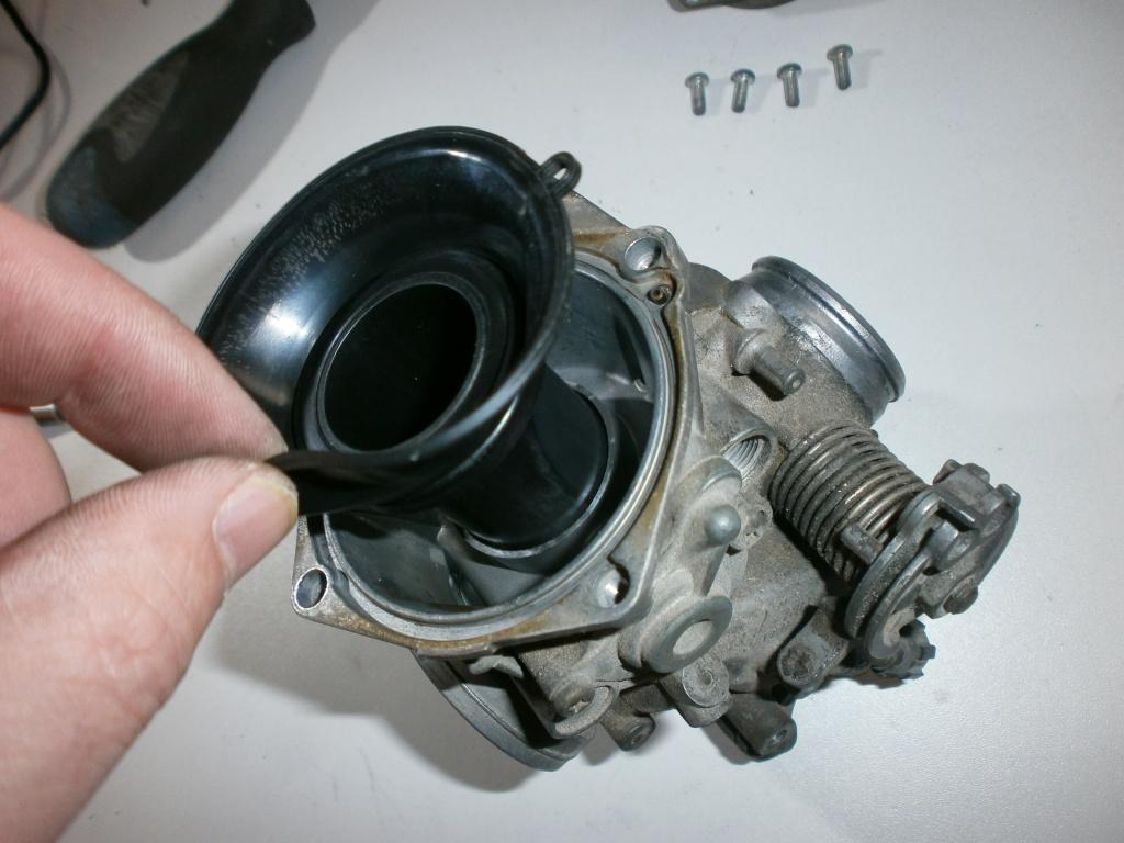 Nettoyage carburateurs de transalp 600 232602P1270017