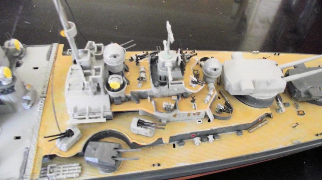 Tirpitz Revell au 1x350 avec PE - Page 2 234234DSCF0339