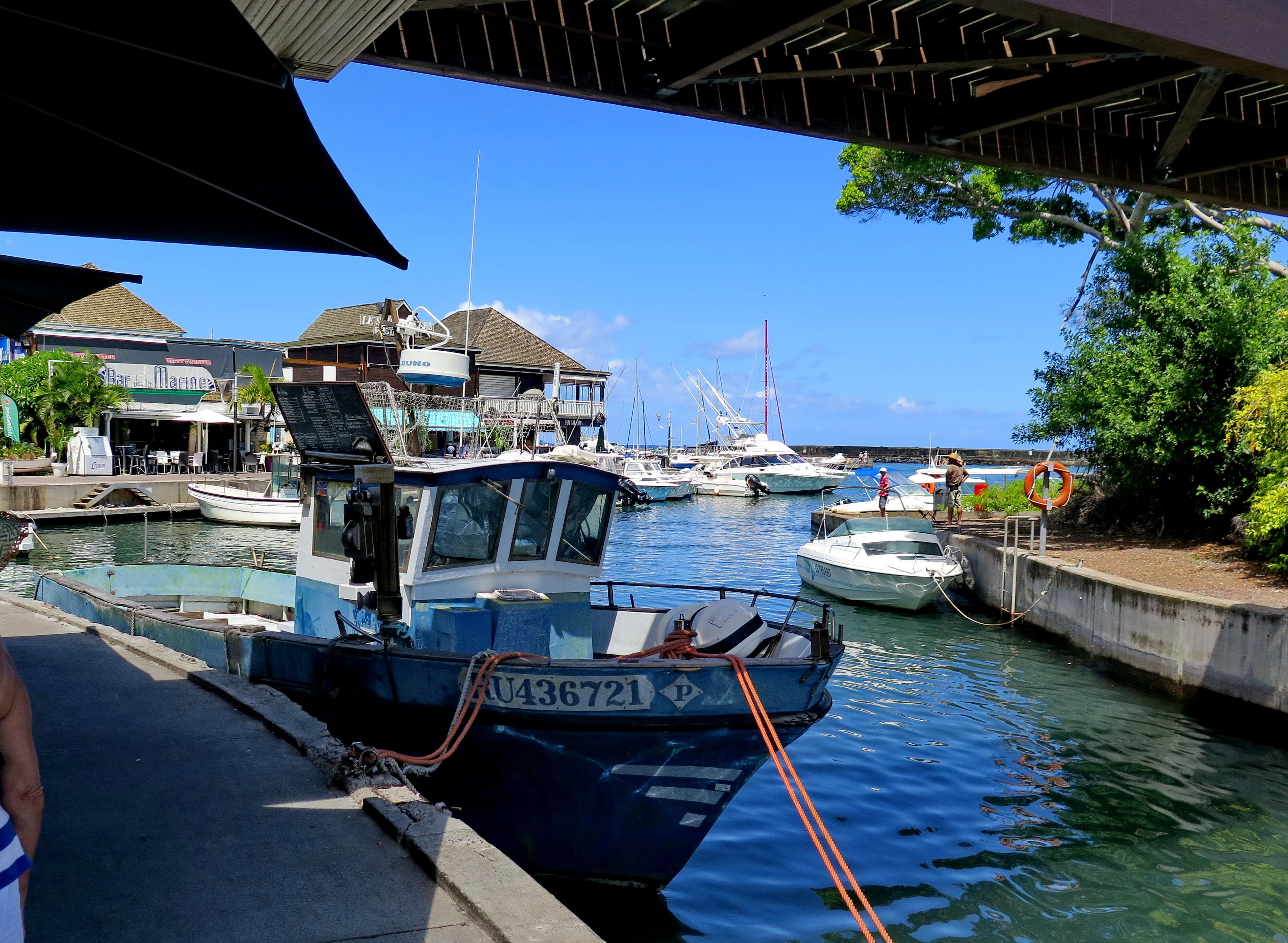 [Vie des ports] Les ports de la Réunion 235063marchsaintpaulstgilles124
