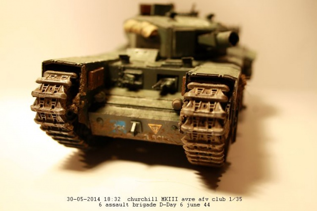 Churchill avre mk3  de chez afv club 1/35 - Page 2 240709IMG2377