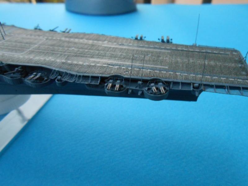 Le Saratoga 1/700 Tamiya pont en bois + PE 248945Sarafini005