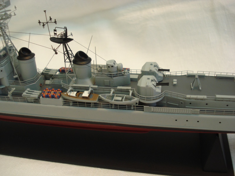 Escorteur d'escadre Cassard 1/400e L'Arsenal. 249737DSC04790