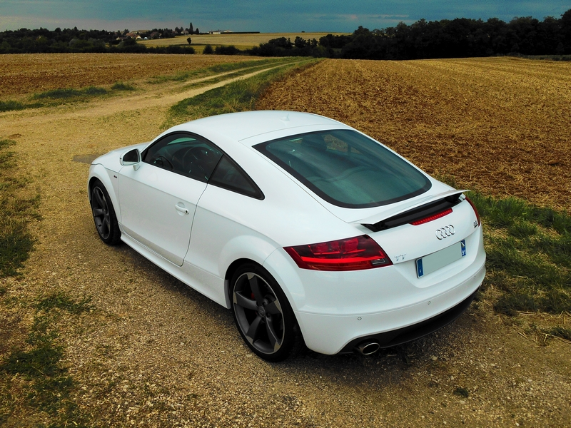 AUDI TT V6 3.2 Blanc Ibis 251871TT2