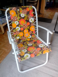 Vends Chaise Relax Tissu Vintage