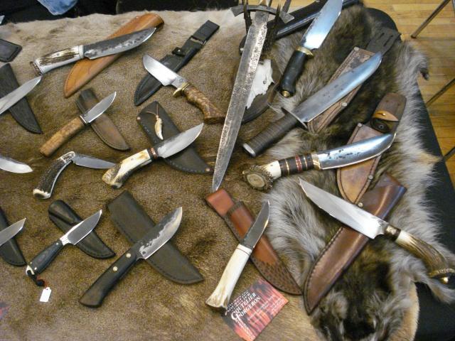 2ème Salon du couteau d'Annecy LES 29 ET 30 JUIN 2013 256638DSC04075