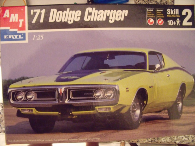 Dodge Charger '71. Amt/Ertl 1/25. 257877Replica2011029