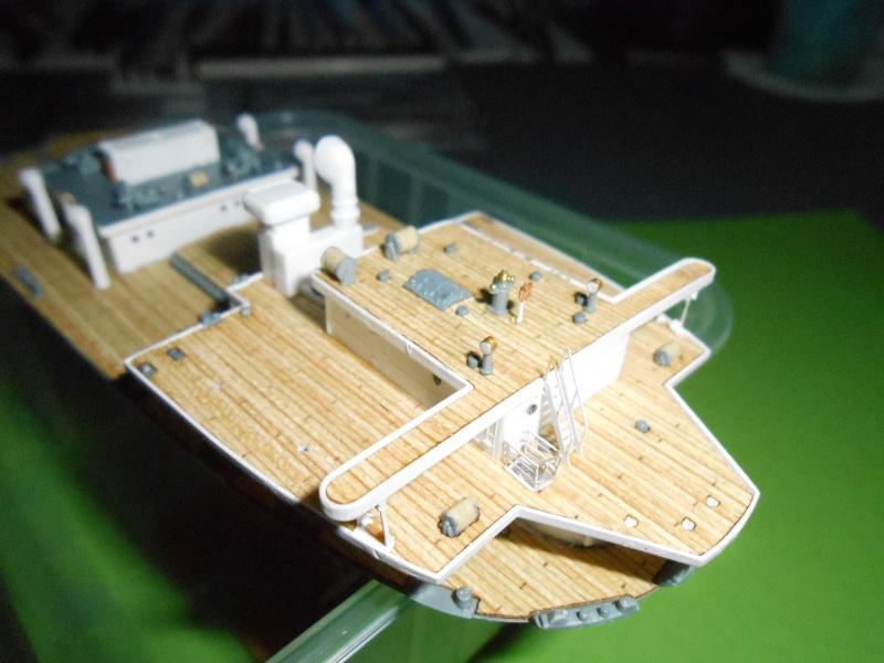 Hikawa Maru hopital 1/350 PE/pont en bois et babioles  - Page 3 261730DSCN5631