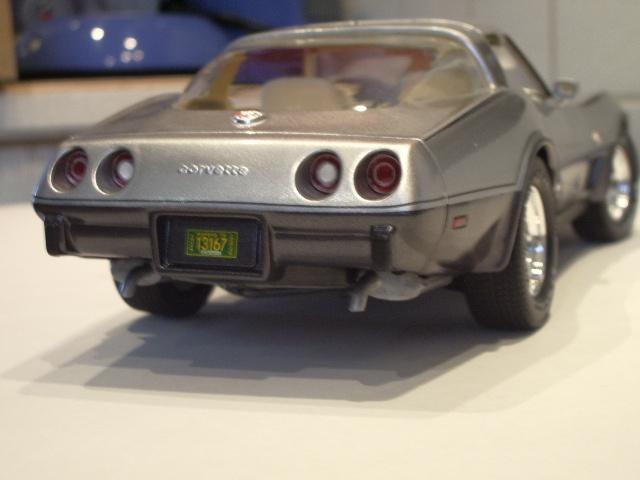 chevrolet corvette 25 th anniversary de 1978 au 1/16 - Page 2 278337IMGP8933