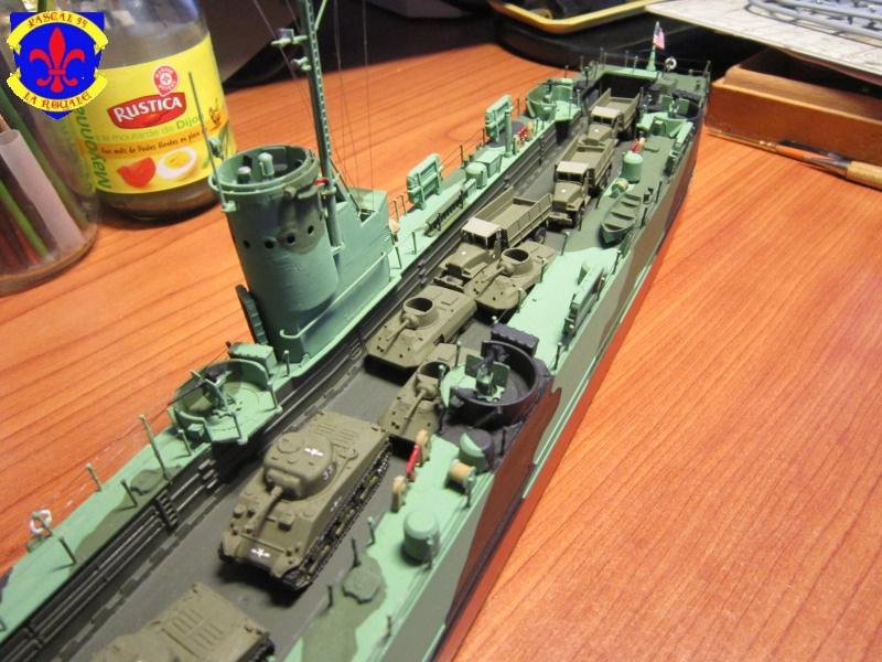 U.S. Navy Landing Ship Médium (Early) au 1/144 de Revell par Pascal 94 - Page 15 281923IMG44201