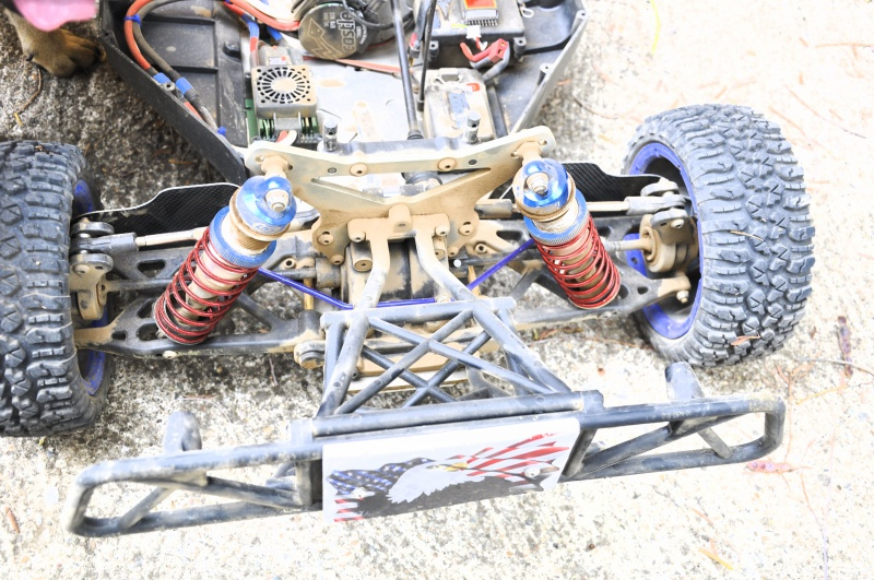 Projet LOSI 5ive Brushless - Page 2 282889DSC0018