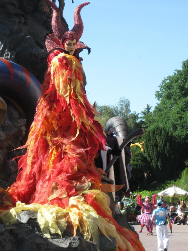 [Disneyland Paris] Séjour de rêve au Disneyland Hotel du 23 au 26 mai 2011 - Page 2 289781IMG3272