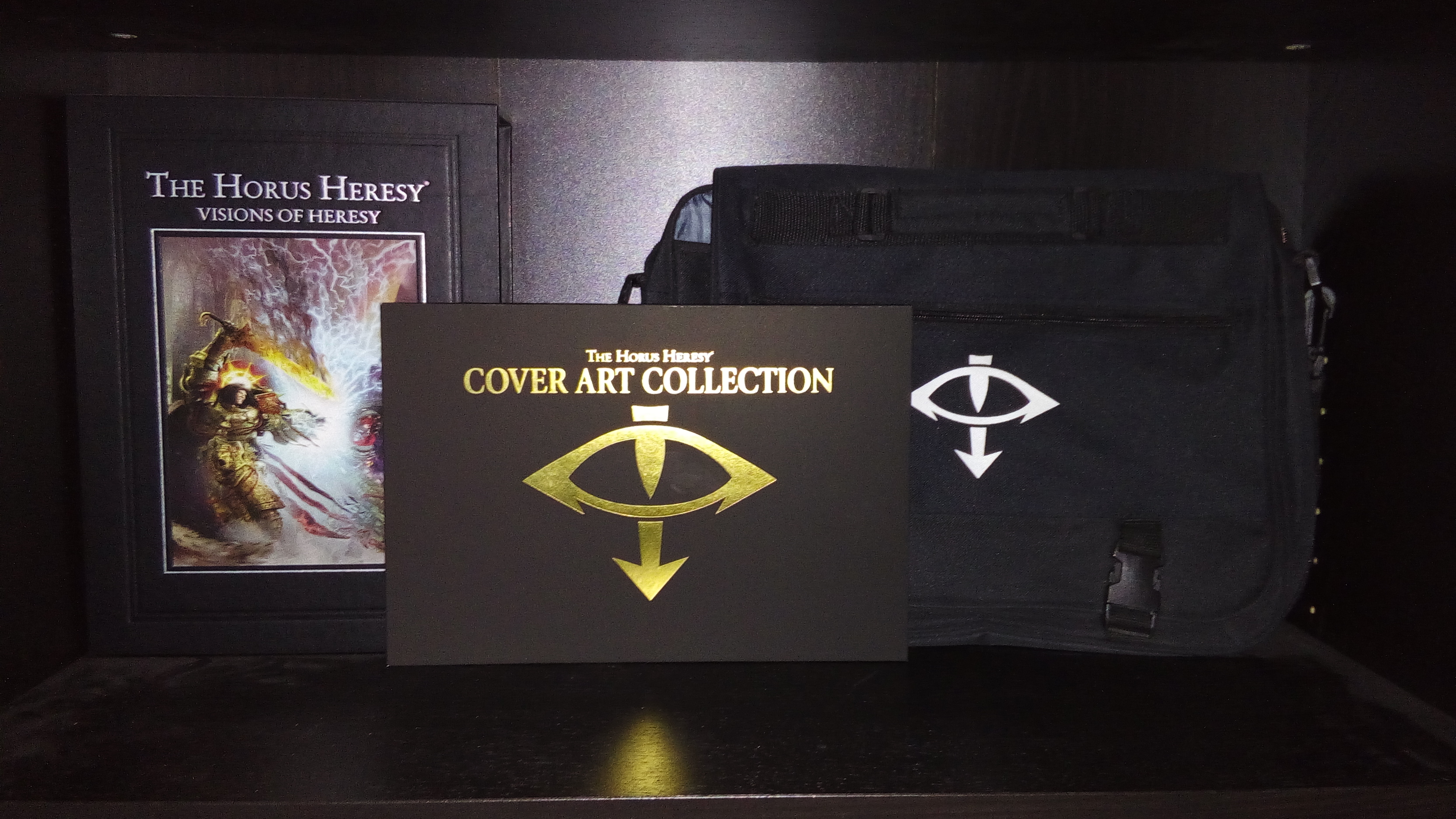 [Horus Heresy] Cover Art Collection - Artbook 289799555