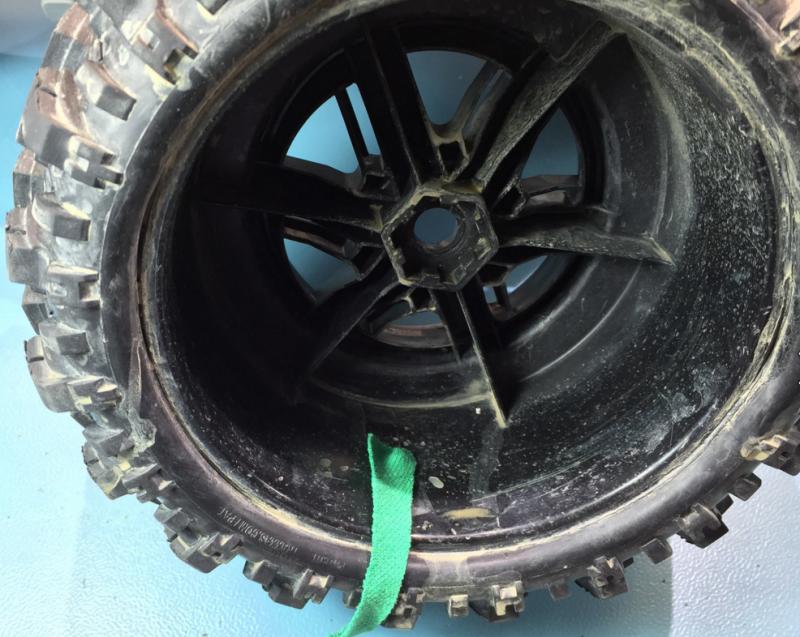 comment enlever l'eau boueuse dans les pneus 292387Capturejrjfj