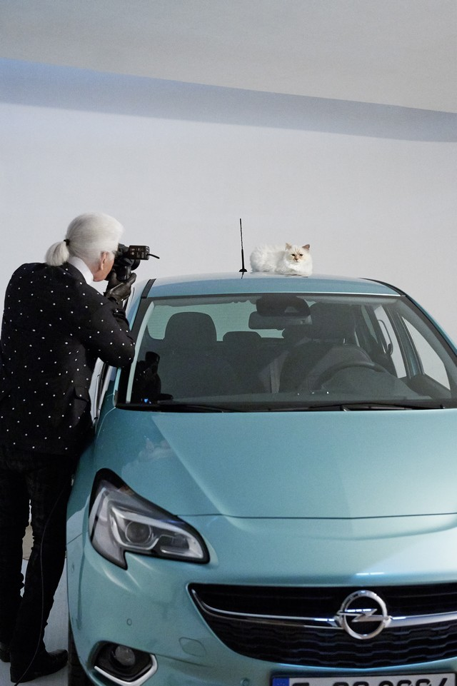 En coulisses avec l'Opel Corsa, Karl Lagerfeld et Choupette, top model 292506OpelCorsaLagerfeld293235