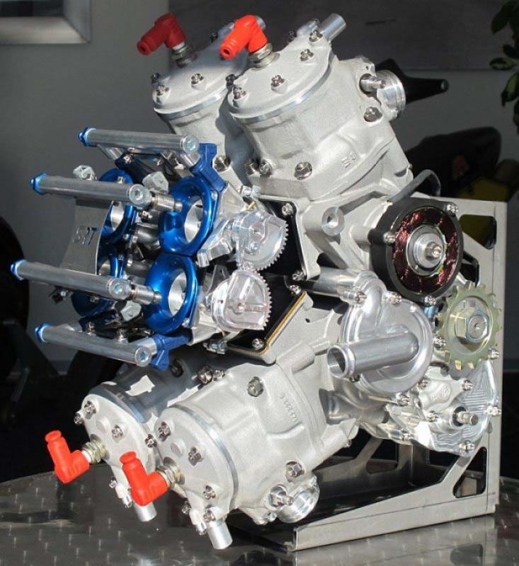 SUTER RACING 294855SuterSRT500FactoryV4trackbike07635x693