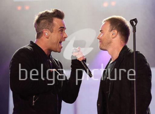 Robbie et Gary au concert Heroes 12-09/2010 29563322291730