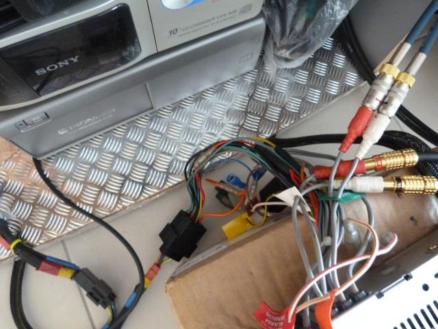 VW T3 Westfalia: double système Pioneer: ODR et Component - Page 4 295671P1270001
