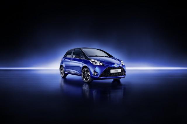 Toyota Annonce Les Prix De La Nouvelle Yaris 295913toyotayarisbitone1finalrgb