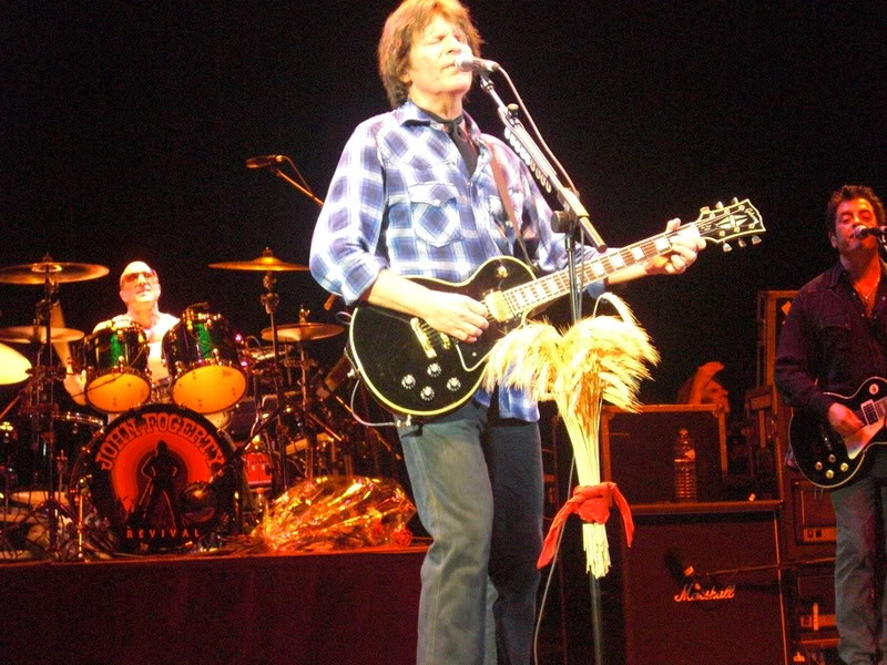 John Fogerty/Creedence Clearwater Revival 297411paris20081